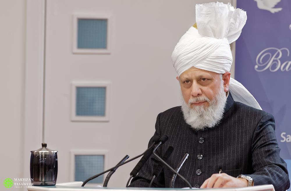 Statement of Ahmadiyya Muslim Community following France Church Attack