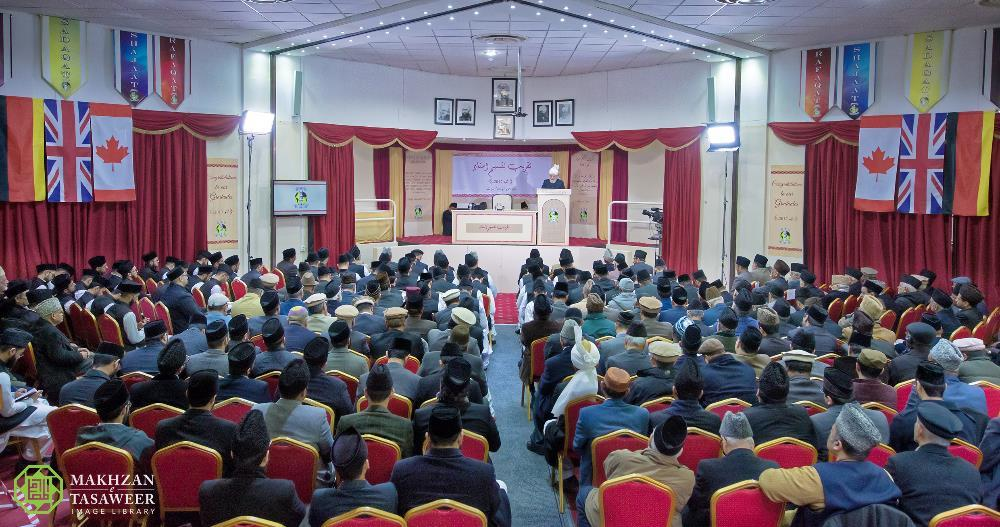Jamia Ahmadiyya UK, Germany and Canada Convocations take place in Joint Ceremony
