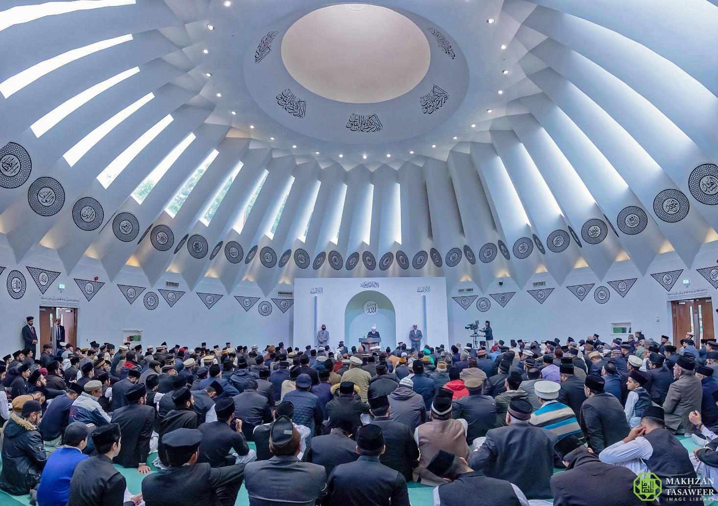 Hazrat Mirza Masroor Ahmad opens new Central Mosque in